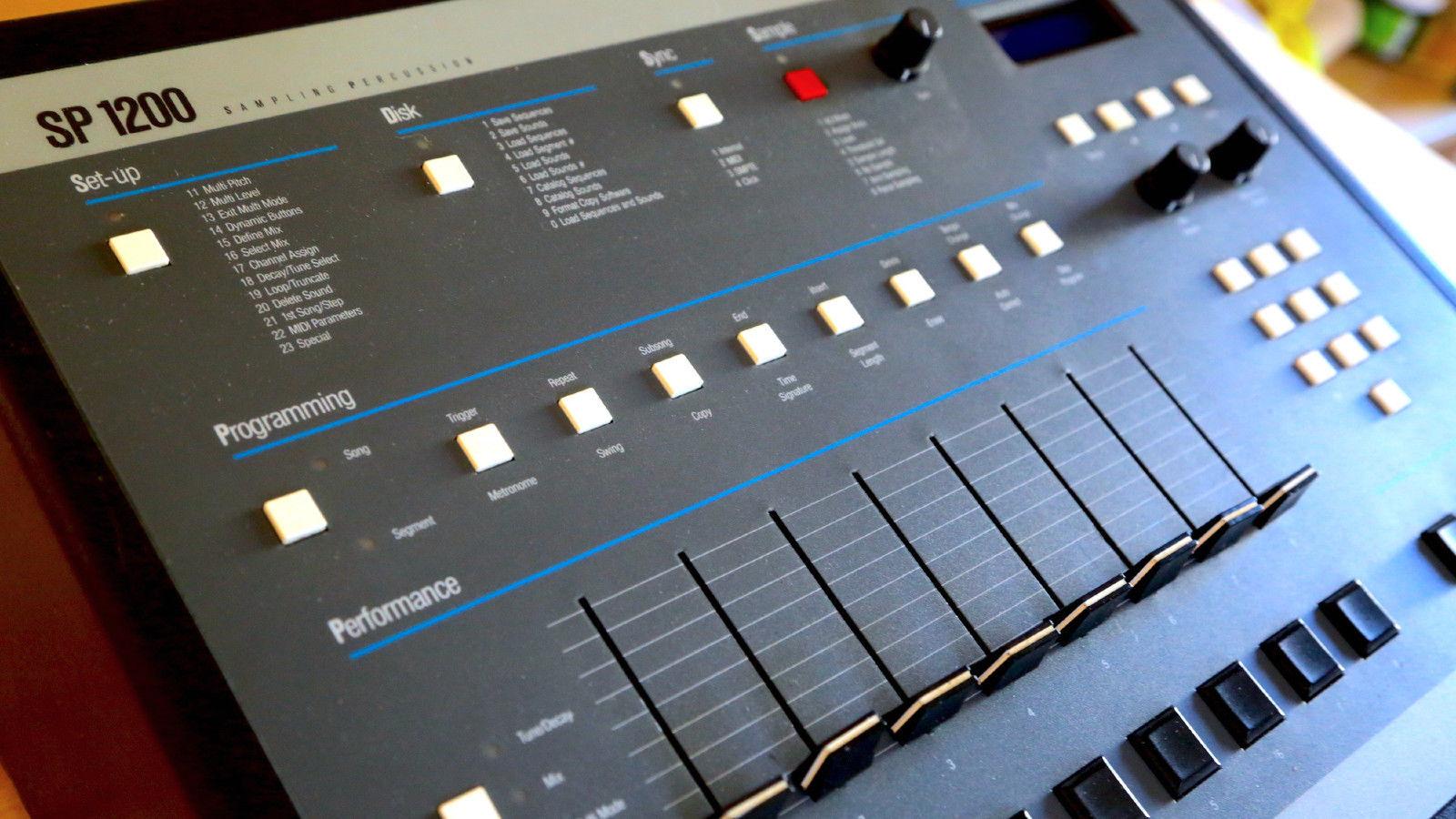 matrixsynth emu sp1200 vintage sampling drum machine with new blue screen. Black Bedroom Furniture Sets. Home Design Ideas