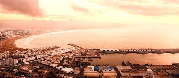 Pour votre voyage Agadir, comparez et trouvez un hôtel au meilleur prix.  Le Comparateur d'hôtel regroupe tous les hotels Agadir et vous présente une vue synthétique de l'ensemble des chambres d'hotels disponibles. Pensez à utiliser les filtres disponibles pour la recherche de votre hébergement séjour Agadir sur Comparateur d'hôtel, cela vous permettra de connaitre instantanément la catégorie et les services de l'hôtel (internet, piscine, air conditionné, restaurant...)