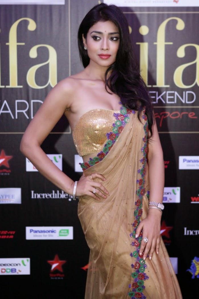 Shriya Saran Latest Saree Photos - Latest Movie Updates -7092