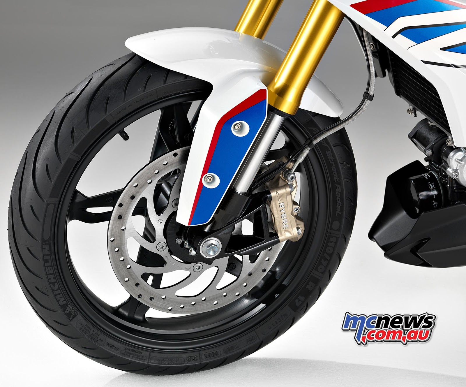 Bmw G310r Bike Mileage Specifications Full Review The Car Front Wheel Bikes 2 Stopping Power On Will Come From 300mm Single Disc Brake And 240mm Rear With Piston Floating Caliper In This