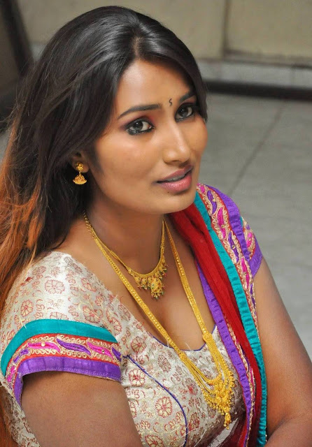 Tamil aunty pundai pics