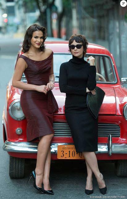 Figurino Nada será como antes, Beatriz (Bruna Marquezine) e Veronica, vestidos