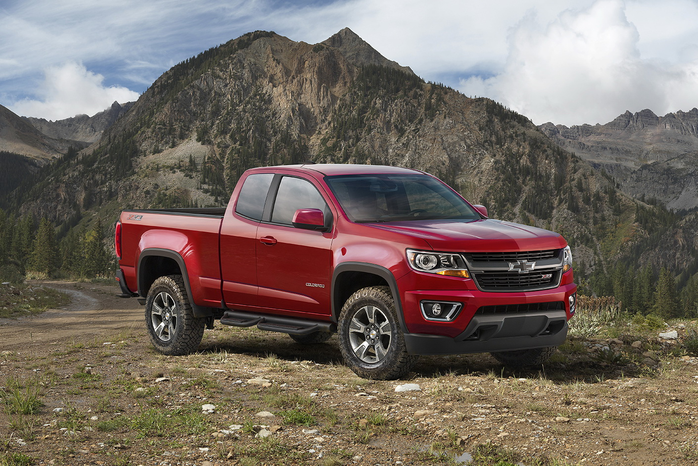 Colorado chevy 2015 colorado : Chevy Styles Up 2015 Colorado With New Z71 Trail Boss Edition ...