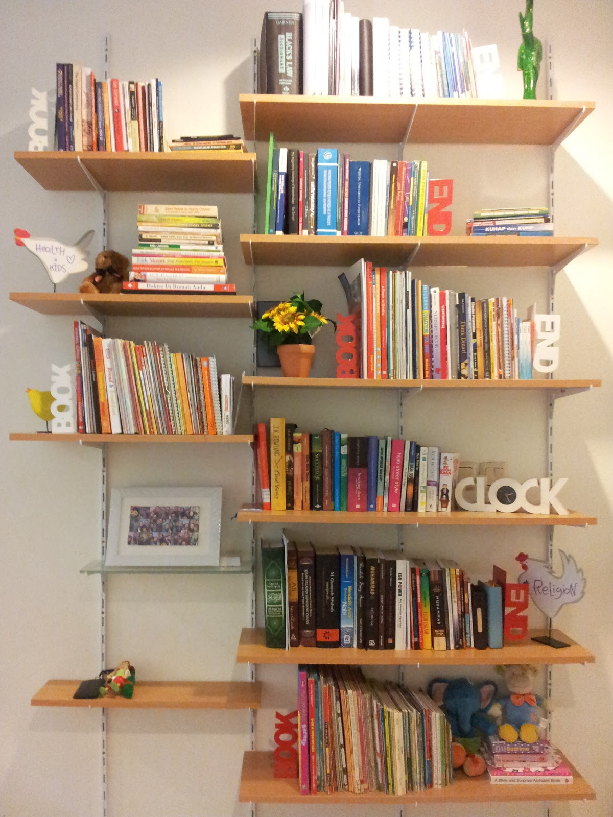 BubuPunyaCerita DIY Book Shelf