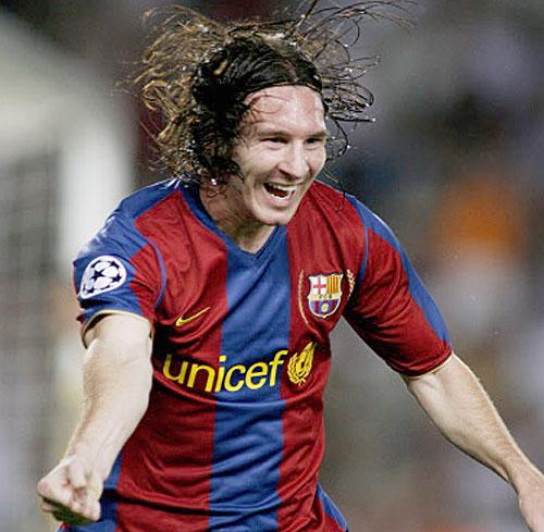 Lionel Messi: watch Lionel Messi 2011 - Top 10 Goals *NEW* - LOVE