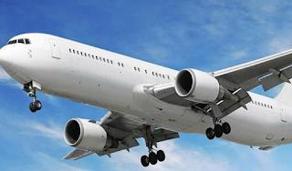 Mengawali Bisnis Tiket Pesawat Terjangkau untuk Pemula