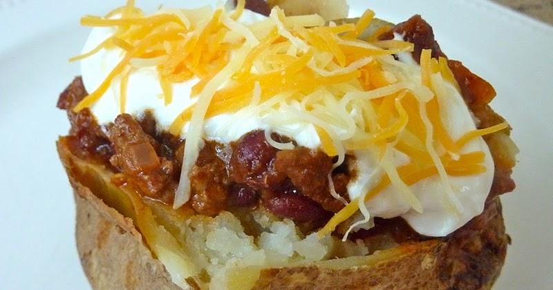 Beurrista Chili Topped Baked Potato