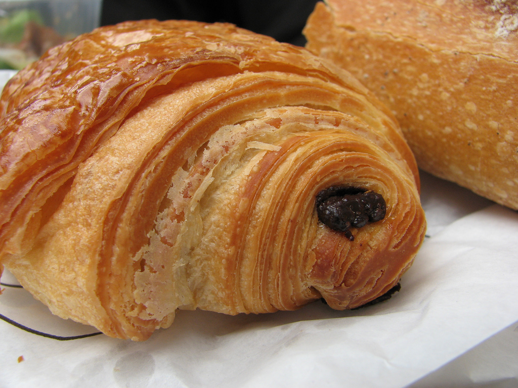 french food friday pain au chocolat. Black Bedroom Furniture Sets. Home Design Ideas