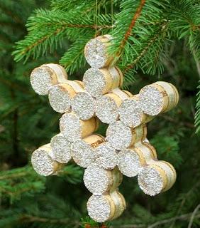 DIY, Copos de Nieve con Corchos Reciclados, Adornos para Navidad
