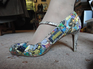 Shoe decorated with Star Wars comic book images
