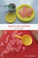 Spelen met gelatine - sensory play