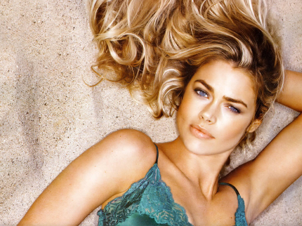Denise richards kathryn morris amp others cougars inc