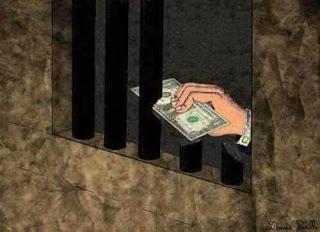 dengan uang dapat keluar dari penjara hukum dapat dibeli
