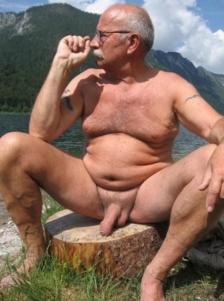Big butt-top porn photos