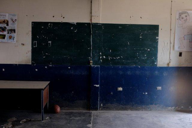 La crisis vacía las aulas de alumnos y profesores en Venezuela