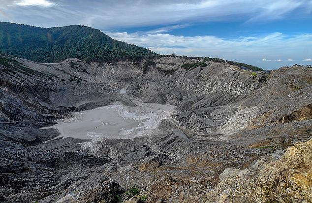 Mount Tangkuban Perahu Bandung
