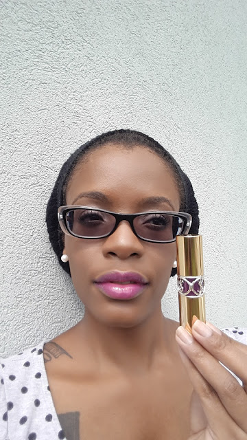 YSL Rouge Volupte Shine 'No.19 Fuchsia In Rage' swatch www.modenmakeup.com