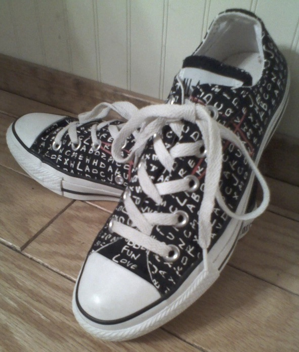 Word Search Lo-Top Converse  bbd90fc80a6