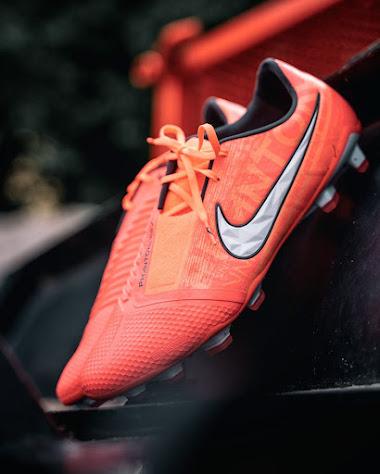 Nike Phantom Fire Pack 17   Áo Bóng Đá Sum Store