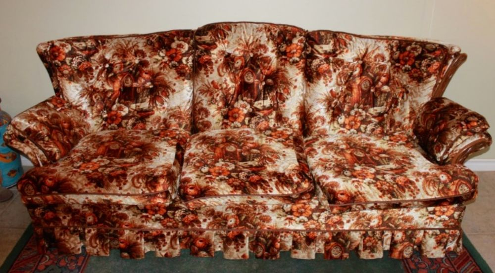 These Ugly Couches That Everybody's Grandparents Had in ... 1920s Living Room Furniture