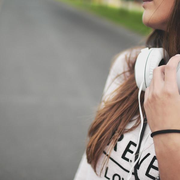 8 Lagu Tahun 1990-an yang Akan Membangkitkan Kenanganmu Akan Masa Muda