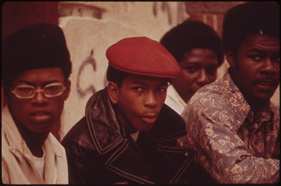 http://1970saesthetic.tumblr.com/post/143961645132/philadelphia-1973-photos-by-dick-swanson