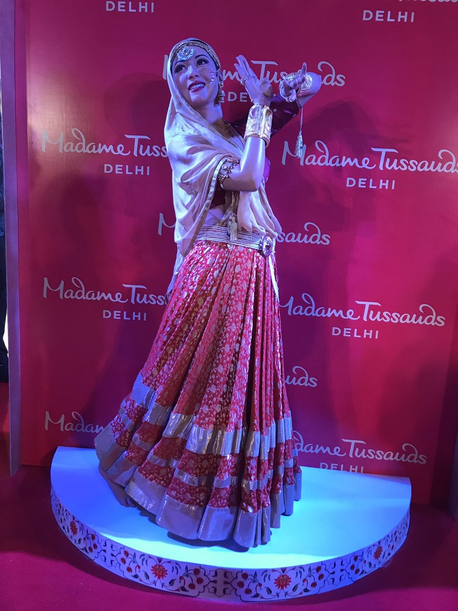 Madhubala's Wax Statue Unveiled at Madame Tussauds in Delhi
