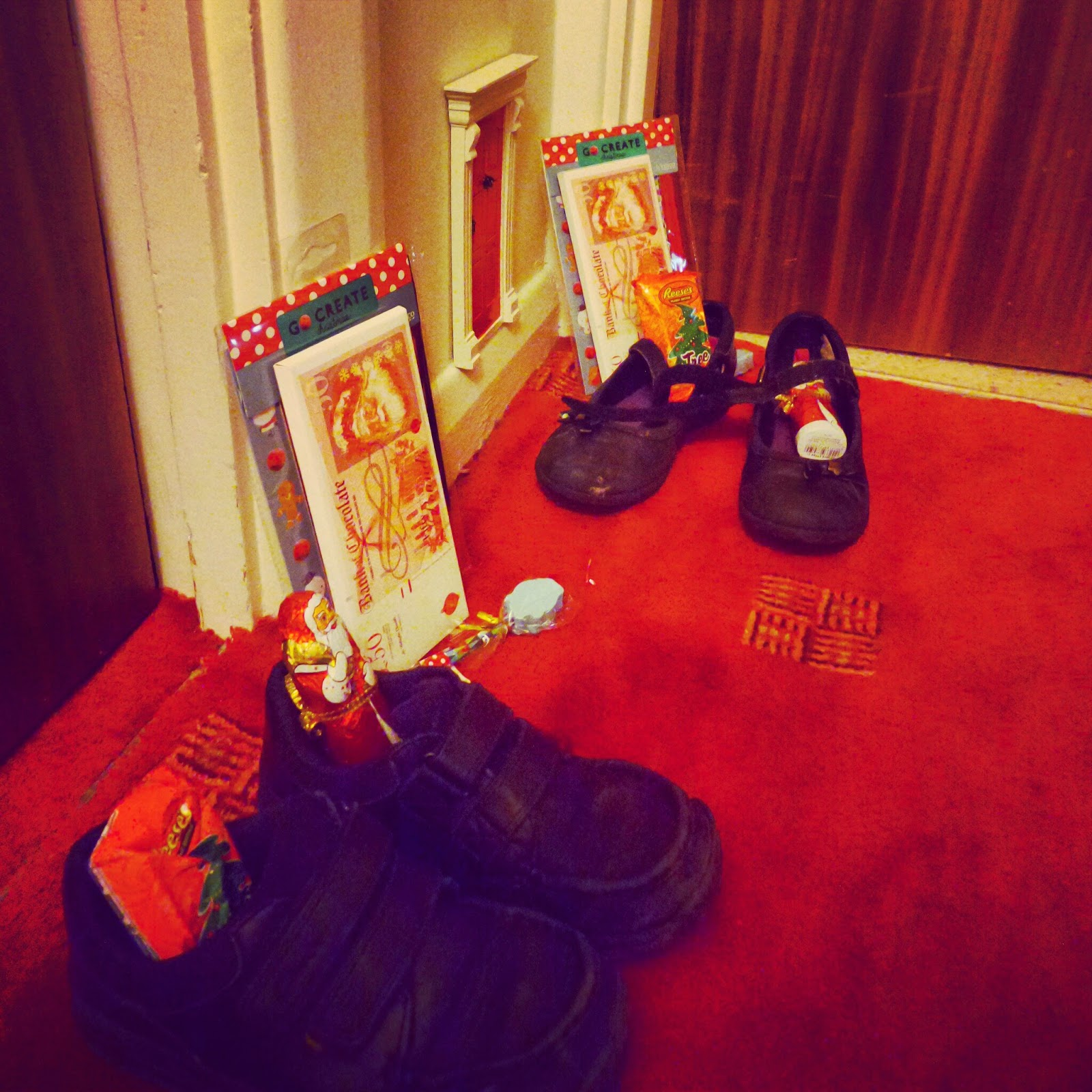 Sinterklaas left gifts for Top Ender and Big Boy in their shoes!