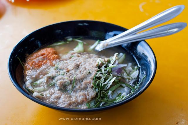 laksa teluk kechai, food blogger, malaysia food blogger, zakaria laksa teluk kechai, zakaria laksa teluk kechai alor setar, laksa teluk kechai sambal nyok, laksa sambal nyok, makan menarik dan famous di alor setar kedah, laksa teluk kechai,