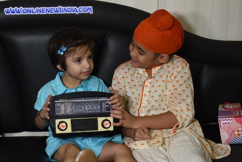 Aakriti Sharma aka Kullfi gifts her favourite baaja to fan Shanaya