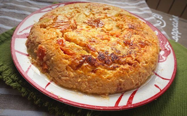 Tortilla de calabacín y tomate. La más sana.