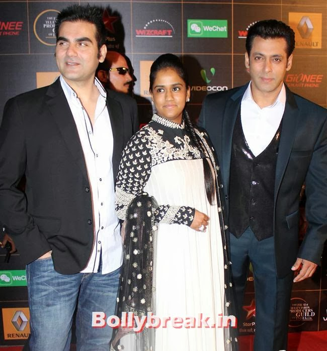 Arbaaz Khan, Arpita Khan and Salman Khan, Star Guild Awards 2014 Pics