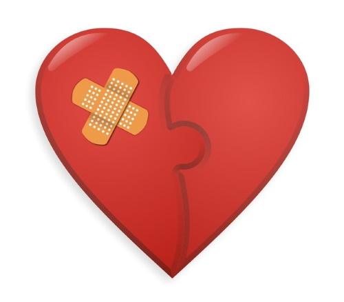 #PraCegoVer: Quebra-cabeça coração.