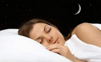 Αυτό το ξέρατε; Δείτε γιατί παραμιλάτε στον ύπνο σας...
