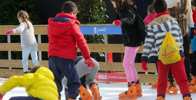 Pista de hielo 2017 en la Plaza de Colón