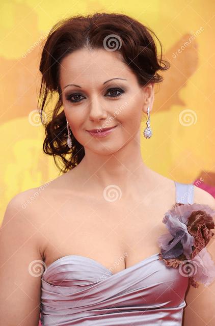 Olga Budina Russian Actress Hot HD Wallpaper Photo Images