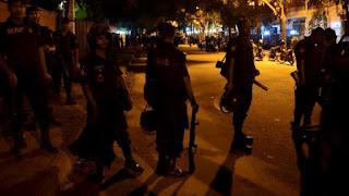 Baku Tembak Terjadi Di Dhaka Puluhan Orang masih Di sandera Kelompok Teroris Bersenjata Lengkap - Commando