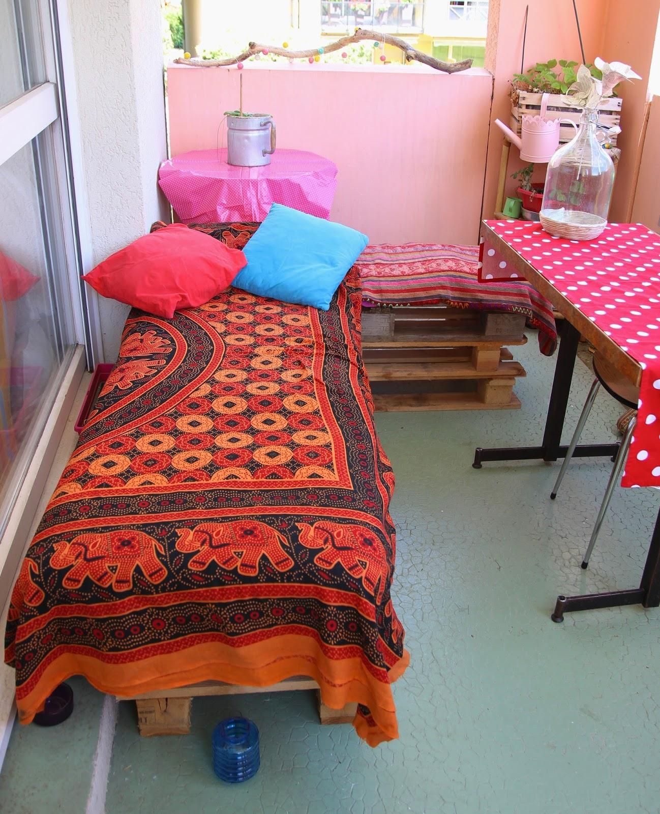 Kitty Crumpets: DIY: mon salon de jardin en palettes et récup\'