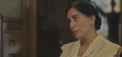 Gloria Pires como Lola em cena de Éramos Seis