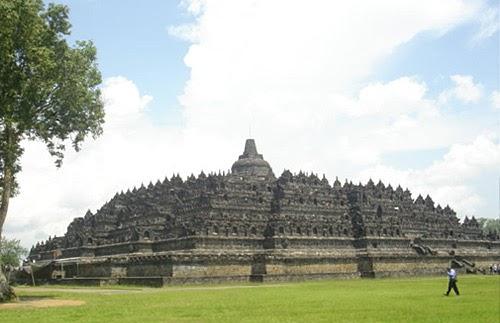 Epic travelers - Borobudur Temple is a Wonderful