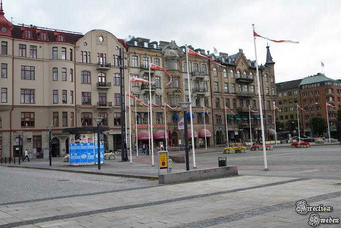 H jak Hamlet, Helsingborg i Helsingør