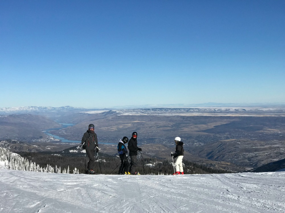 family skiing mission ridge