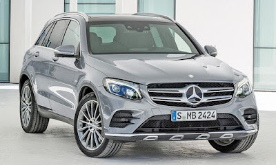 2016 Mercedes-Benz GLC front look