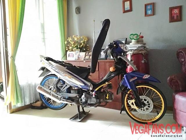 Modifikasi Vega R New Biru Modif Standar Ceper Ban Cacing