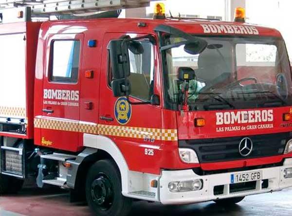 Bomberos de Las Palmas de Gran Canaria y Policía Local hallan el cuerpo sin vida de un hombre de 74 años en su domicilio de Tenoya