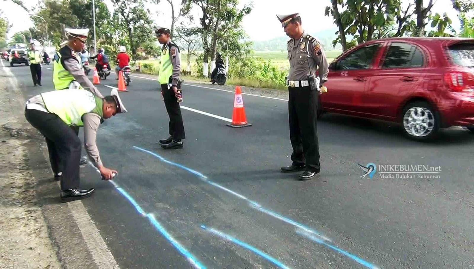 Polisi Gelar Olah TKP Kecelakaan Maut Alang-alang Amba