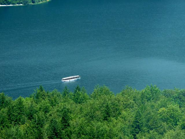 Lago Bohinj. Eslovenia. www.caravaneros.com