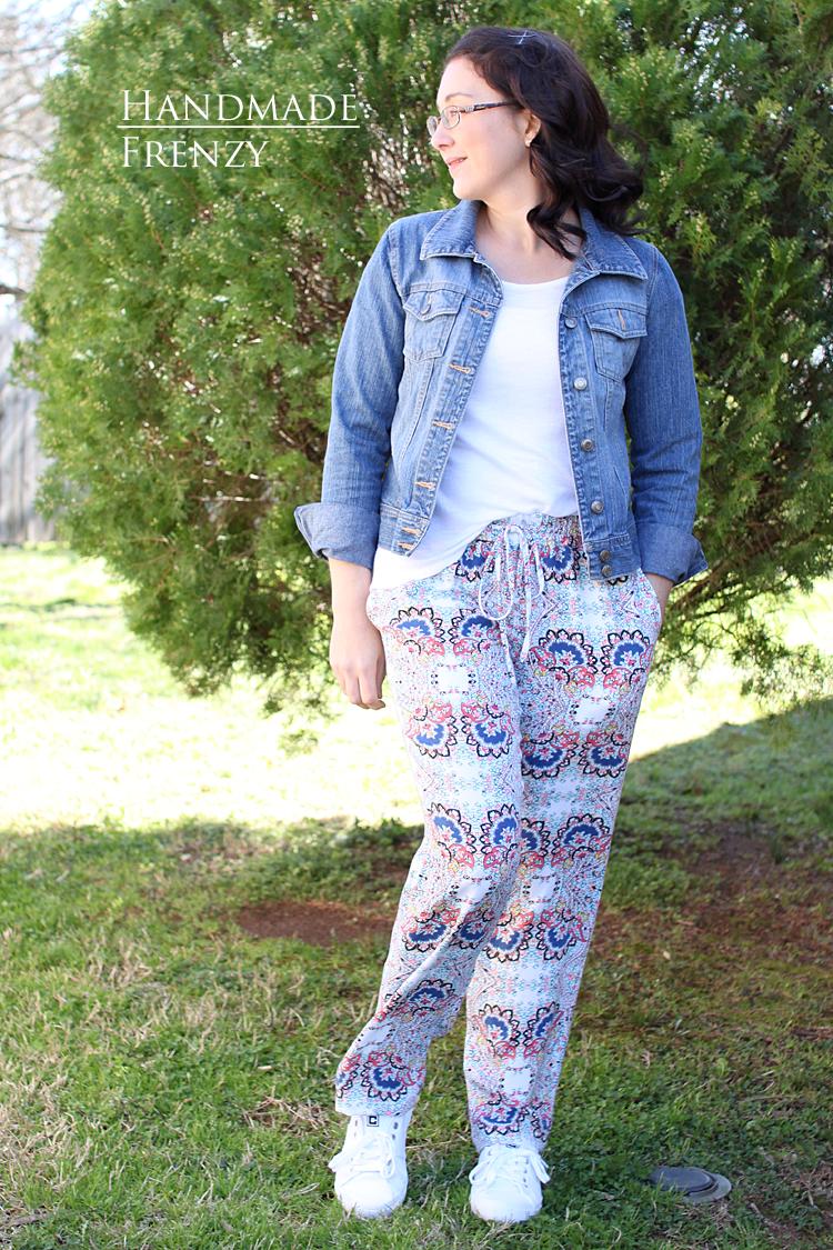 Tierras Woven Joggers Pattern // Sewing For Women