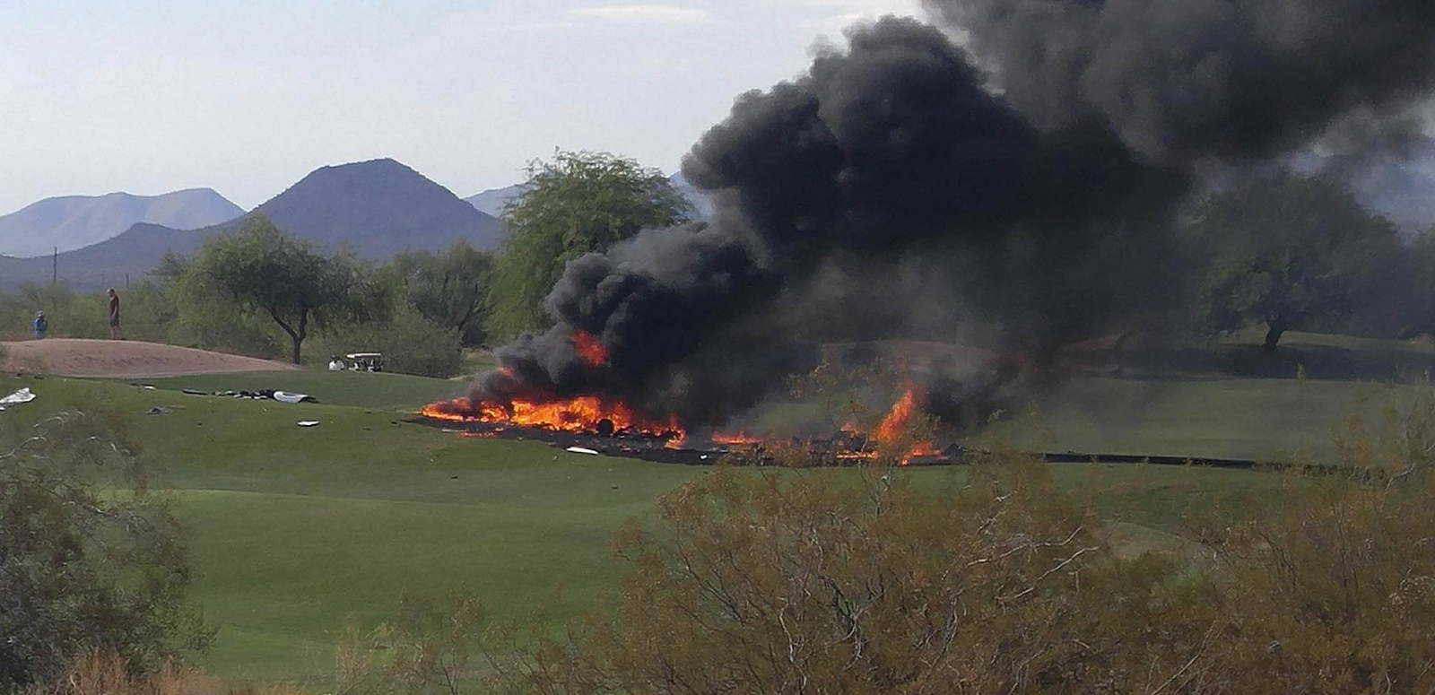 a plane crash Police have identified six people killed after a plane crash in scottsdale, arizona on monday night.