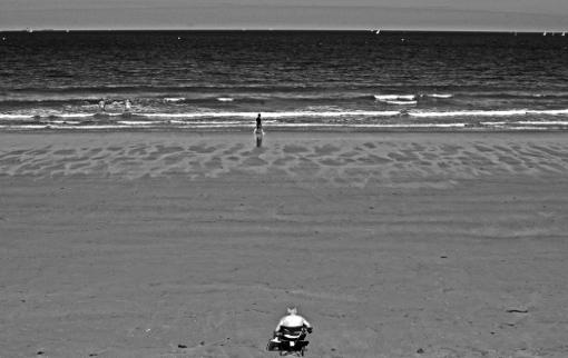 Holidays in the Sun Saint Malo jetée intra muros mer manche bronzage soleil bretagne franck chevalier